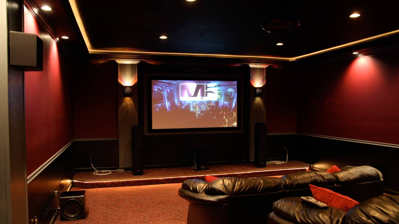 Custom home theater for Home theatre decorations