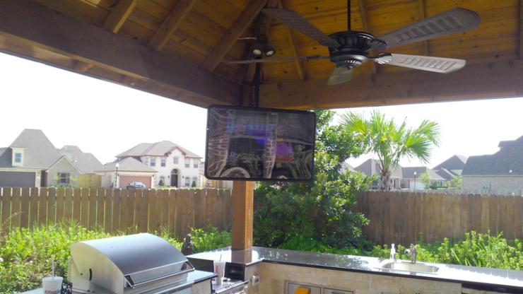 outdoor-audio-video